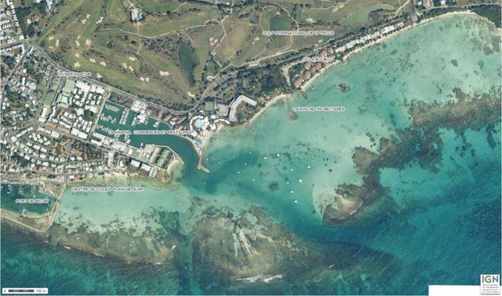 Le lagon autour de la Villa Boubou en Guadeloupe (cliquez sur la photo pour l'agrandir)