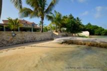 Location Villa Guadeloupe Hamac, le luxe les pieds dans l'eau