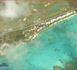 Vue aérienne de la Villa Boubou bord lagon