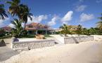 """Villa Luxe Guadeloupe 6 chambres """" Villa de La Plage"""" 12 /14 personnes, 180° lagon"""